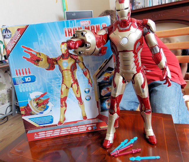 sonic blasting iron man 3 large toy figure