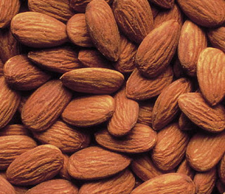 Almond for fat reduce