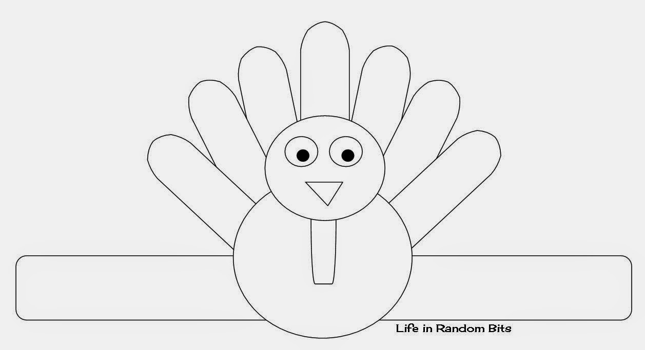 Turkey napkin ring: let the kids color in this turkey to spruce up your Thanksgiving table! ~ Life in Random Bits #coloring #kids #thanksgiving