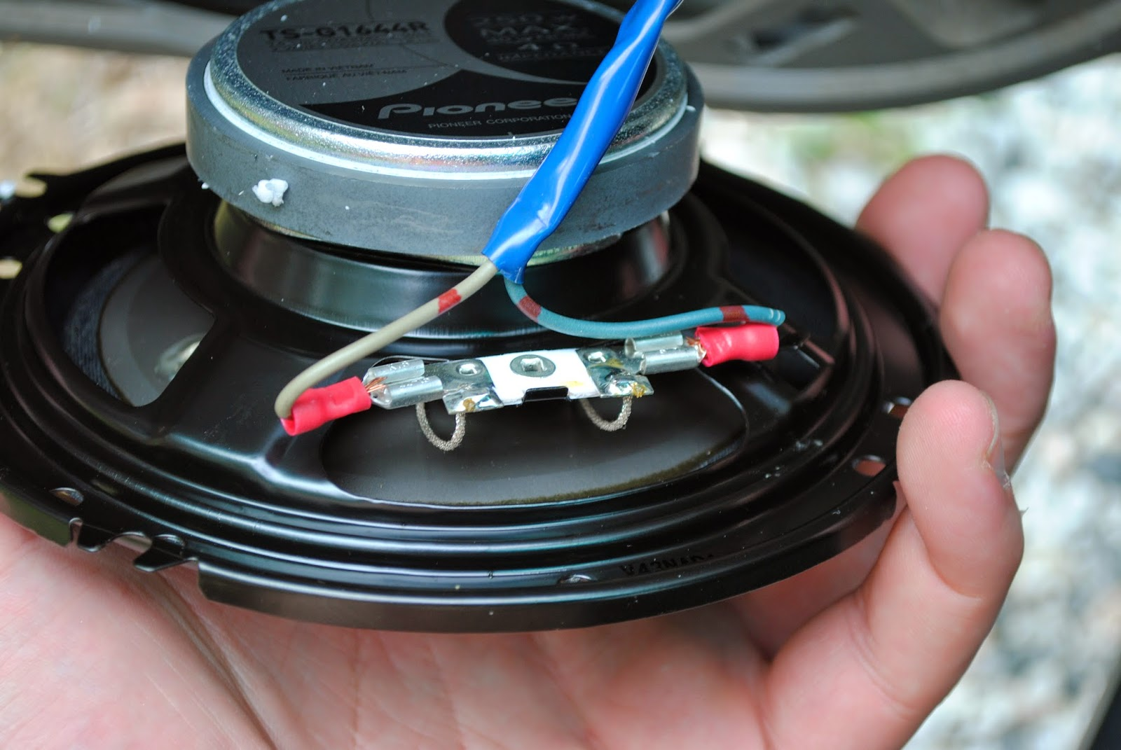DSC_0369 car repair for college kids need new speakers?