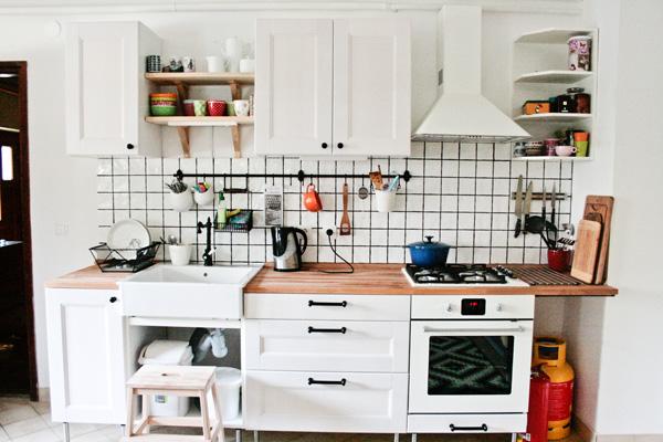 Uglašena kuhinja