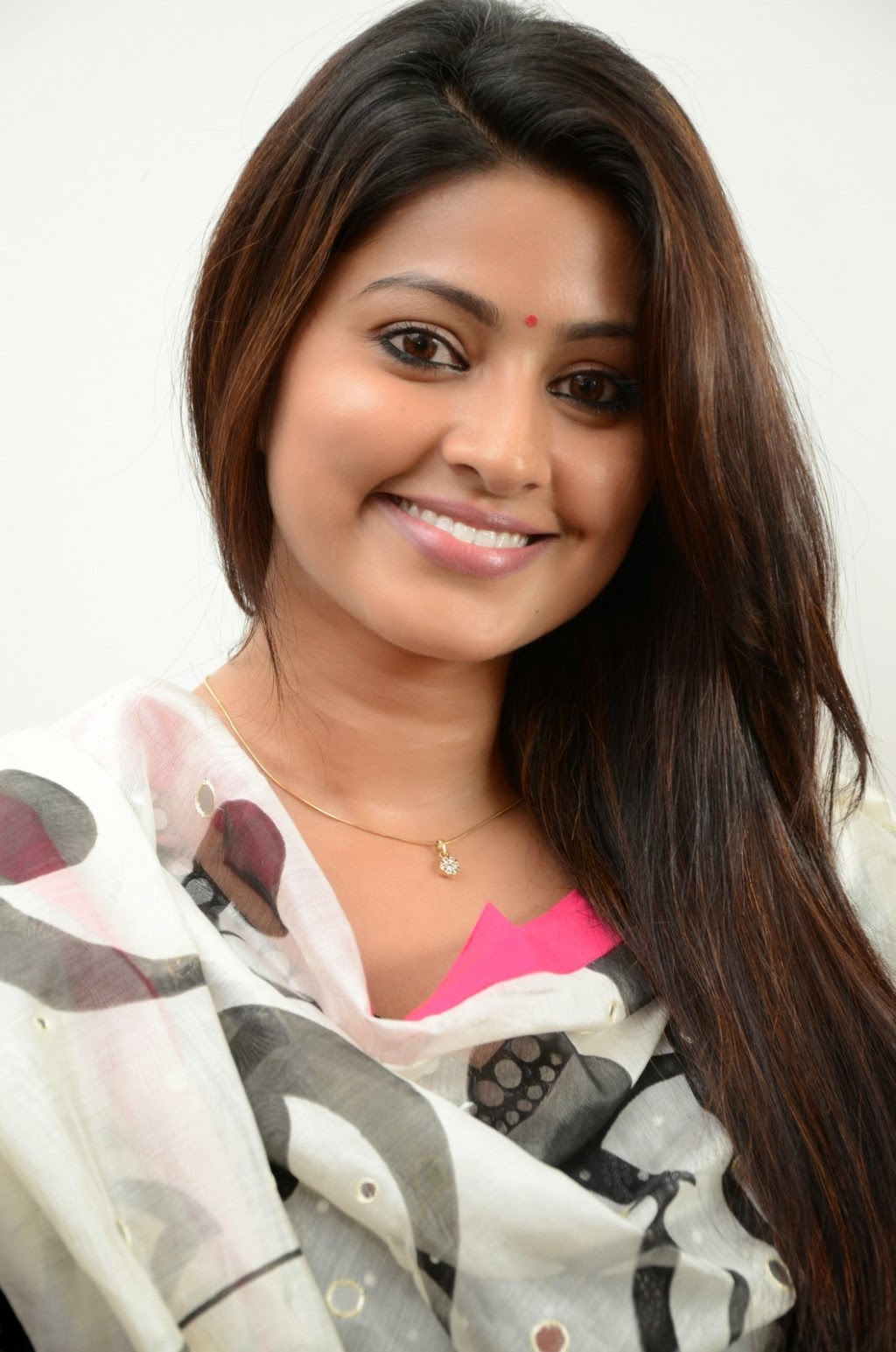 Actress Sneha Latest Cute Stills 40 Swapna Tamil Hot
