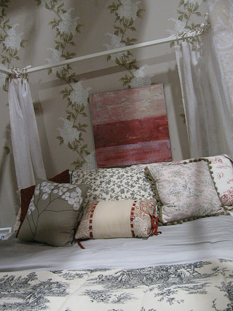 For Starters, Her Bed Is Dressed To The Nines In Provincial Style. Her  Creamy Toile Duvet Is Oh So French Country. So Are The Floral And Toile  Pillows.
