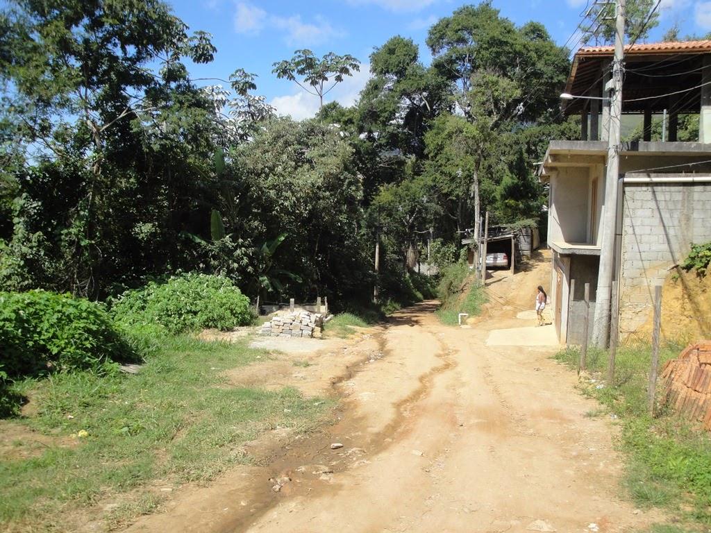 Falta fiscalização da Secretaria de Obras na localidade