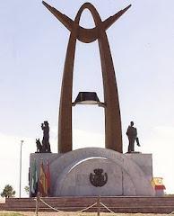 Monumento en honor a la Guardia Civil en Mérida
