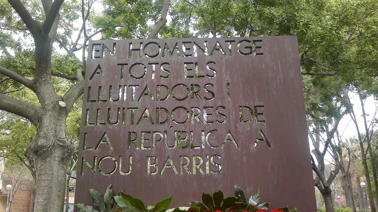Monument a les vitimes a Nou Barris