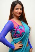 Anaika soti sizzling in saree-thumbnail-19