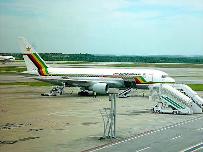 Boeing 767-220ER