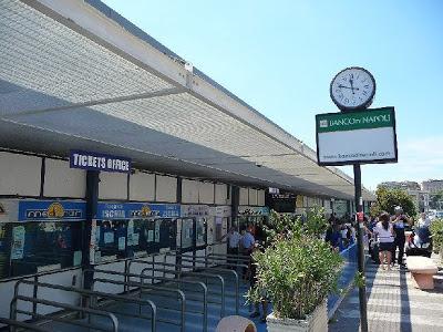 Orologio di strada - Napoli - Molo Beverello