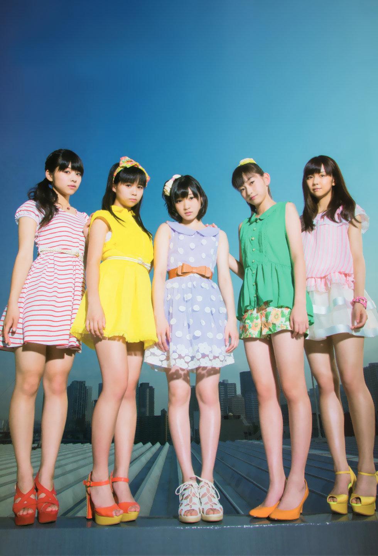 Juice=Juice,+Kanazawa+Tomoko,+Magazine,+Miyamoto+Karin,+Miyazaki+Yuka,+Takagi+Sayuki,+Uemura+Akari-400356.jpg