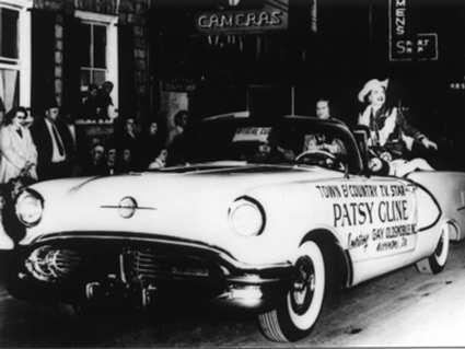 Tally Ho Patsy Cline In The 1957 Shenadoah Apple Blossom Parade
