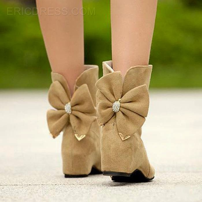 http://www.ericdress.com/product/Korean-Sweet-Bowknot-Warm-Ankle-Boots-11047374.html