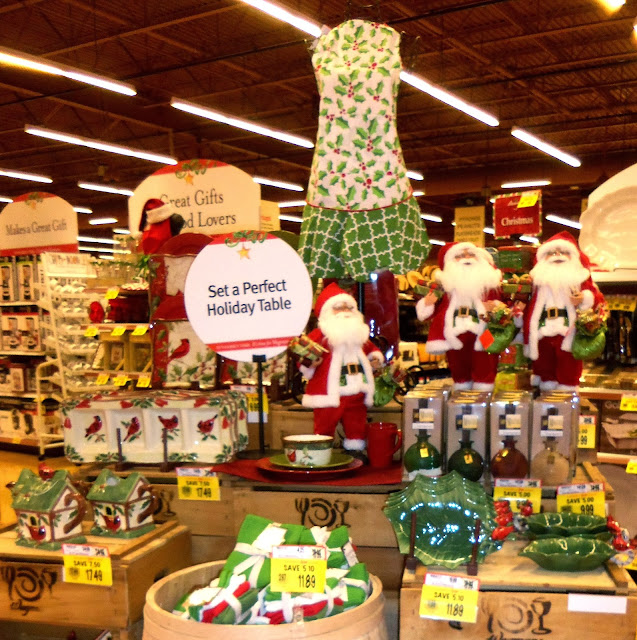 A DEBBIE-DABBLE CHRISTMAS: Christmas in the Stores: Wegman's & Kohl's