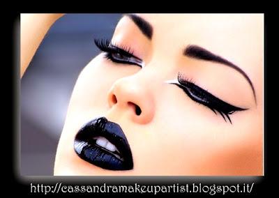 black lips lipstick - labbra nere - rossetto nero - tutorial - HALLOWEEN - CARNEVALE - NOTTE DELLE STREGHE