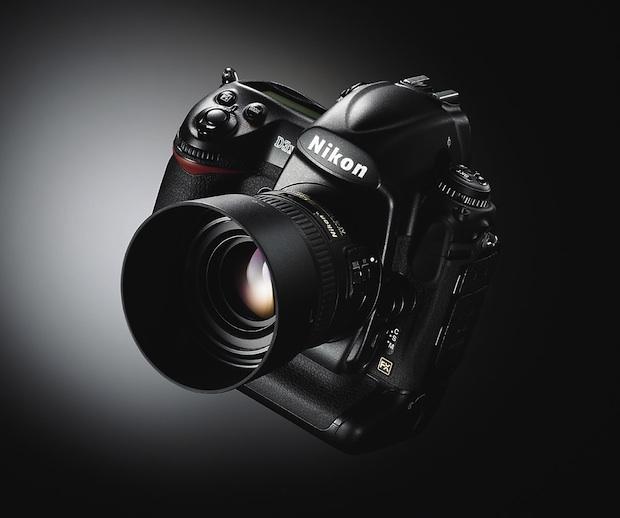 私の愛用しているデジタルカメラNikonD90です。