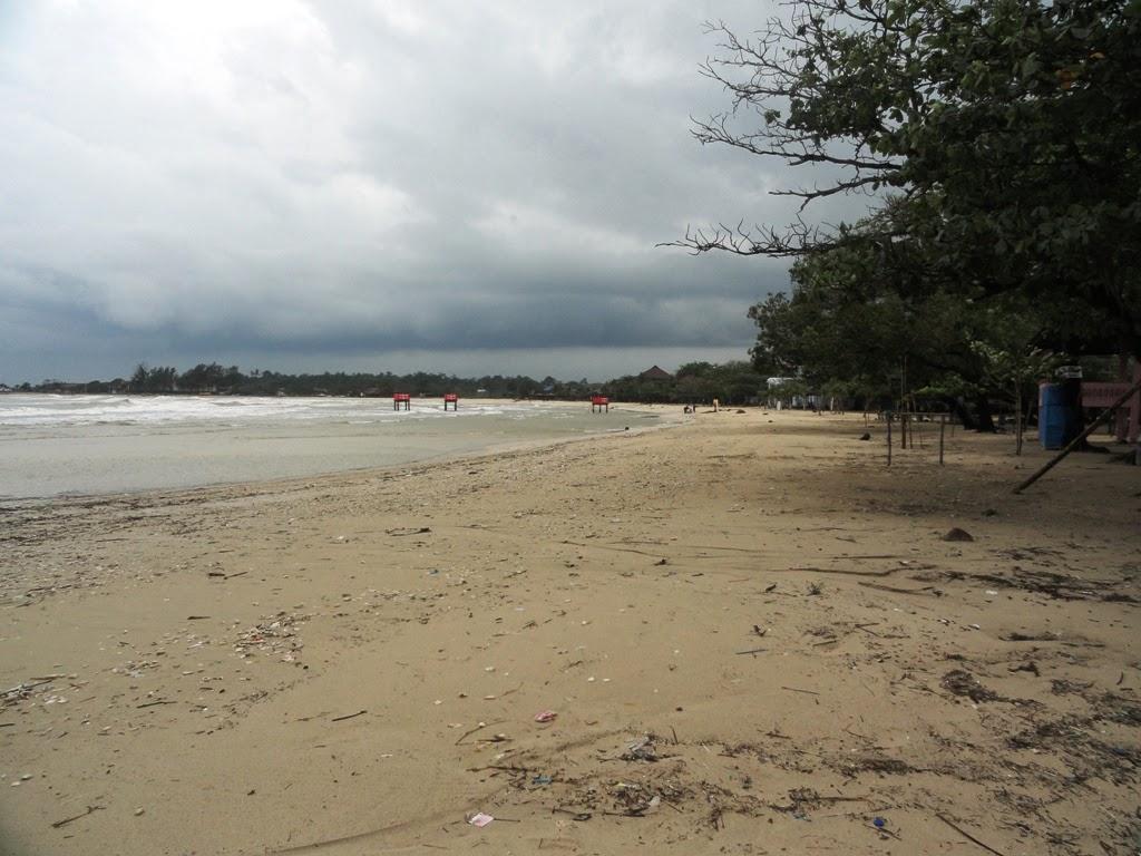 Pasir di Pantai Bandengan, Jepara