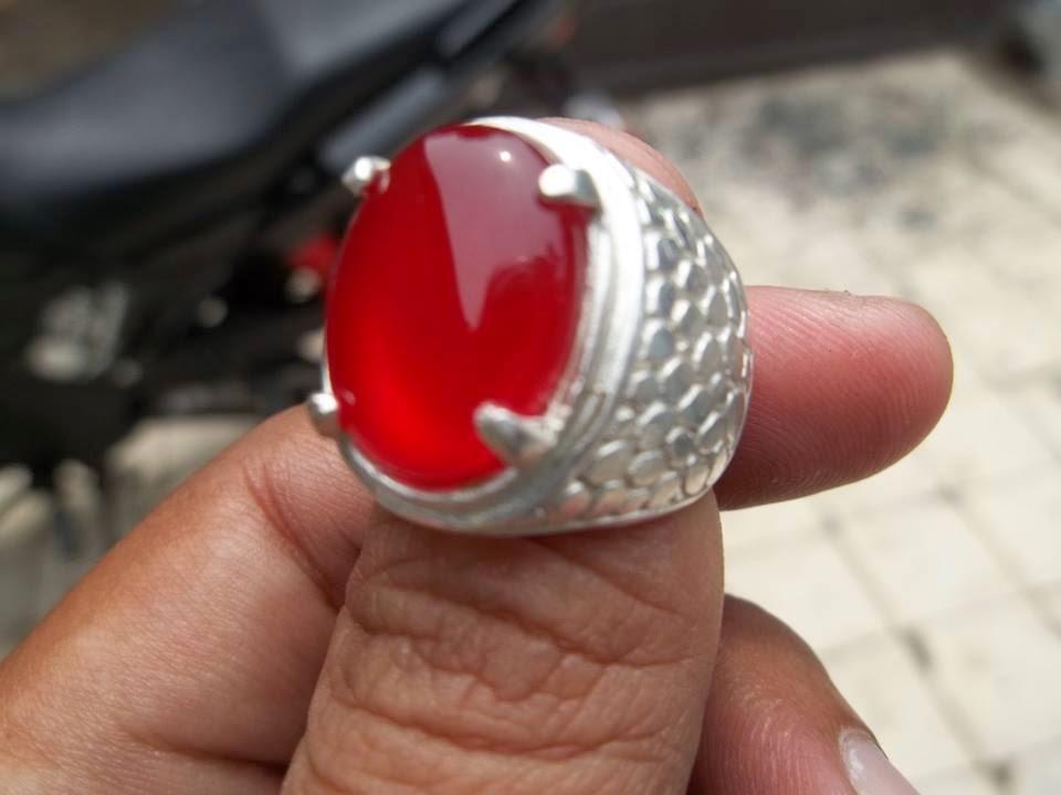 Batu Natural Red Carnelian Kristal (Akik Darah)