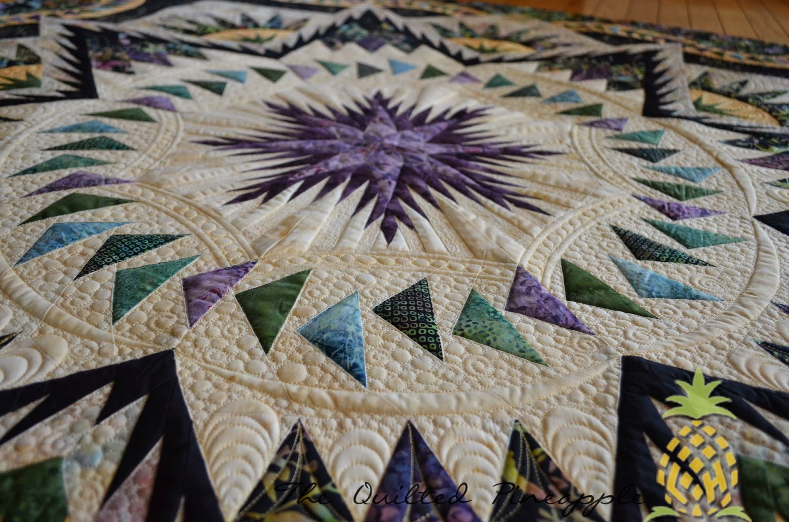 Quilts: Star, Compass on Pinterest Mariners Compass, Quilt Festival and Star Quilts