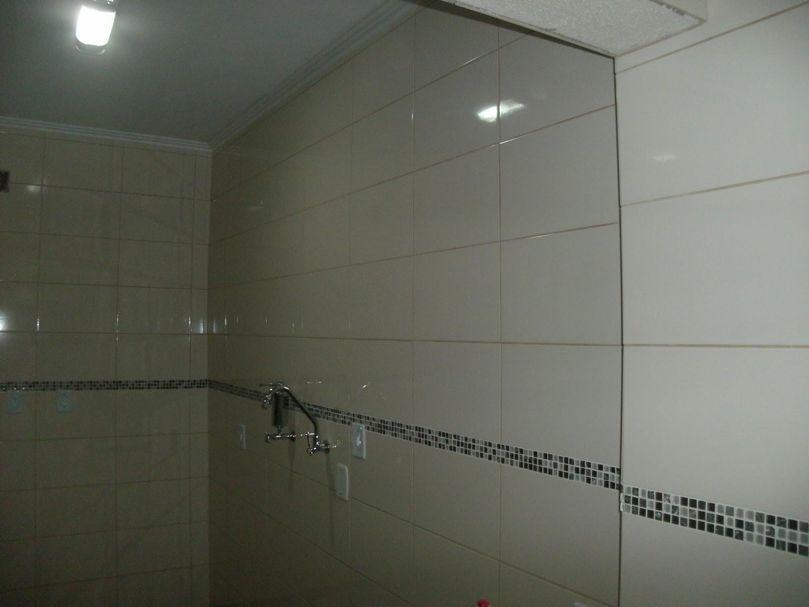 Empreiteira Só Reformas: Revestimentos de banheiro #575043 1600x1200 Banheiro Com Azulejo Retificado