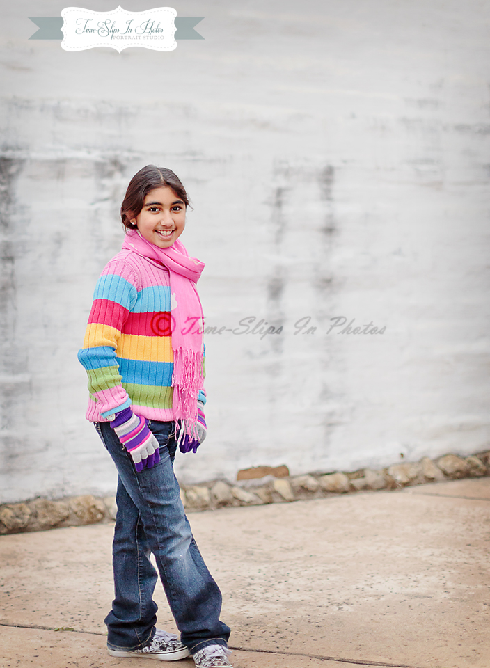girl_in_stripped_sweater