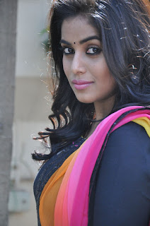 Poorna looks Stunnin in Super Tight Black Salwar Anakarli Suit and Colorful Chunni Dupatta Must see