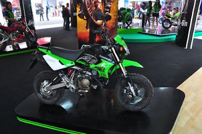 Kawasaki KSR 110_01.jpg