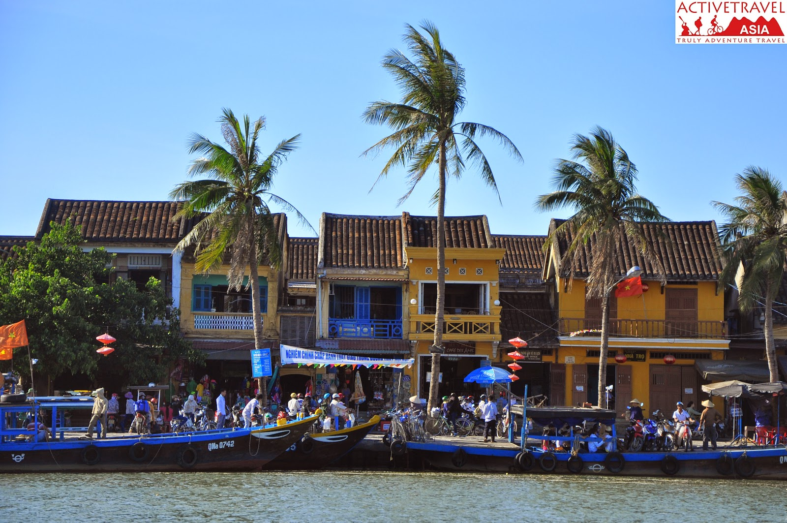 Hoi An sunset cruise 1
