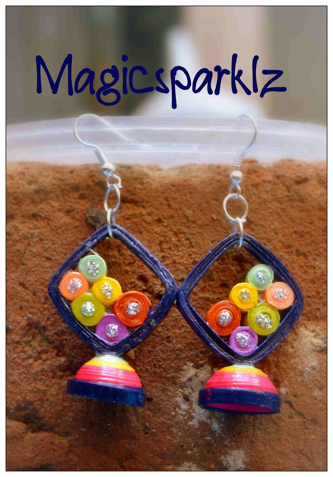 Quilled multicolour earrings