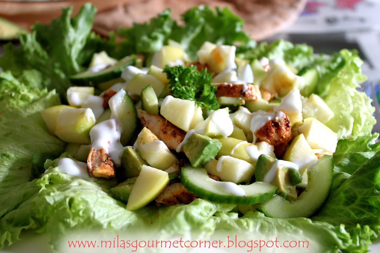 Салат с авокадо и яблоком рецепт с