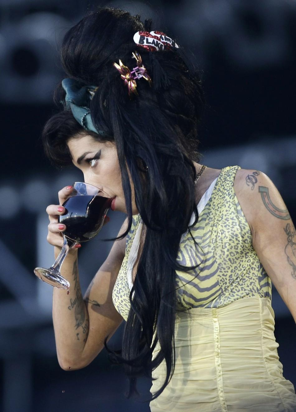 Randu Boto: Amy Winehouse Dead Amy Winehouse Death