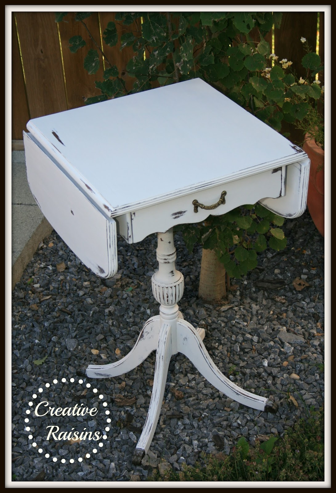Creative Raisins Shabby Chic Table With Folding Sides