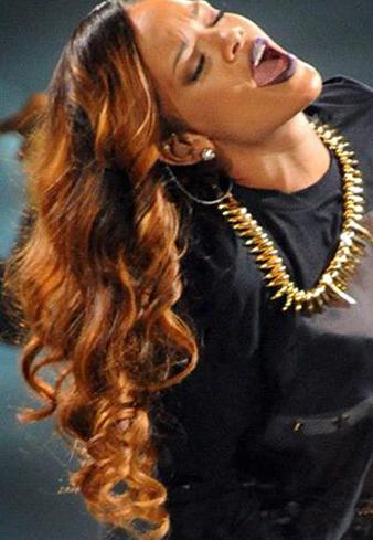 Rihanna maşalı saç modeli