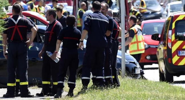 Decenas de muertos y heridos en ataques terroristas en tres continentes
