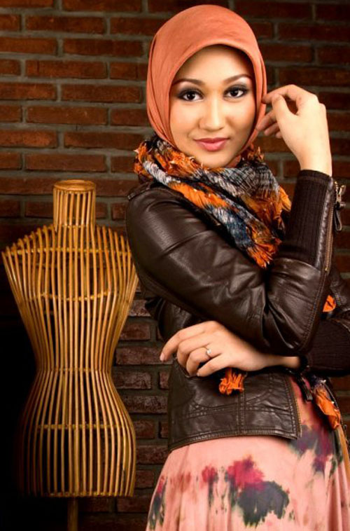 Indonesia Fashion Designer Hijab Hijab Young Gifted Dian Pelangi