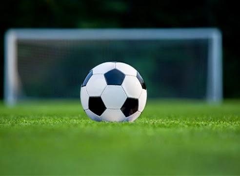 http://1.bp.blogspot.com/-py0LyvgKwaw/VGvKAC2qVQI/AAAAAAAAA0M/ehb4v9KIanU/s1600/soccer.jpg