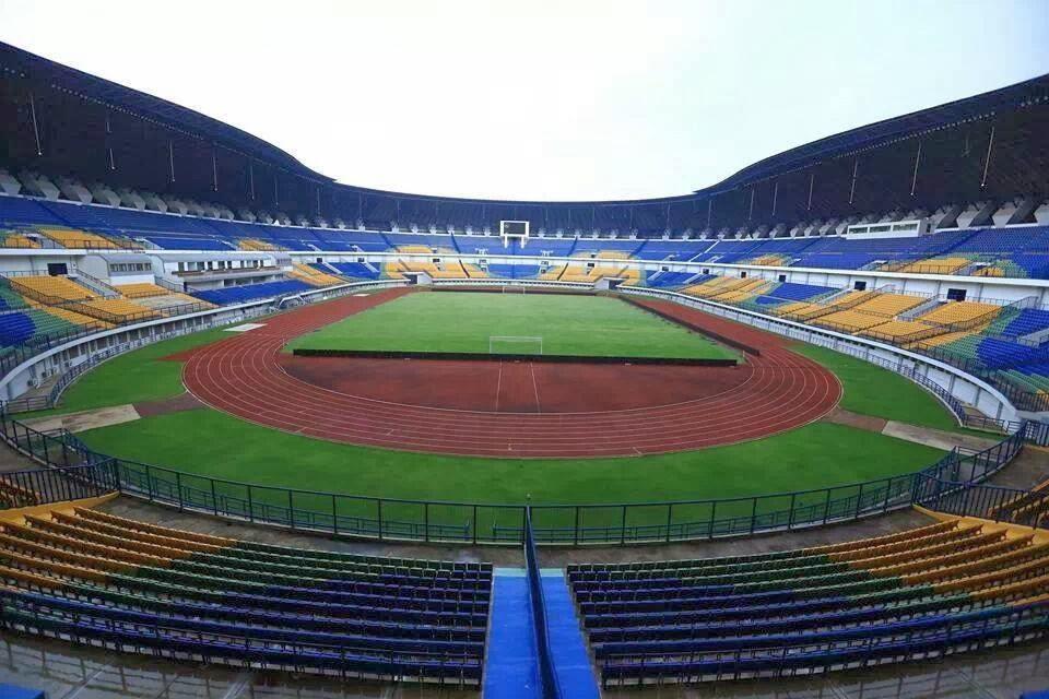 Foto-Foto Stadion GBLA Terbaru