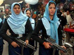 Pakistan cops