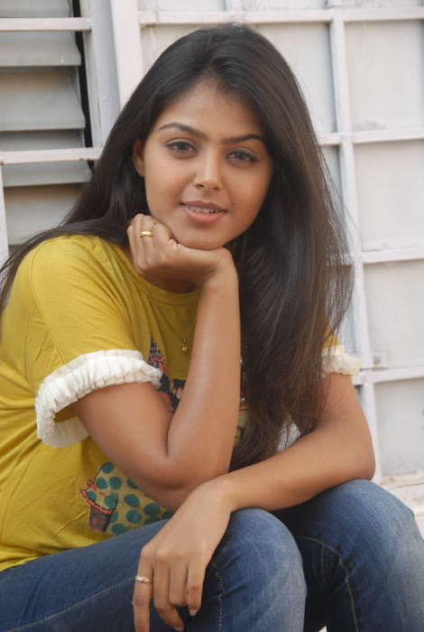 monal gajjar new new movie launch photo gallery