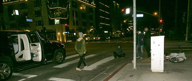 Justin Bieber a arrêté pour aider un cycliste qui était tombé