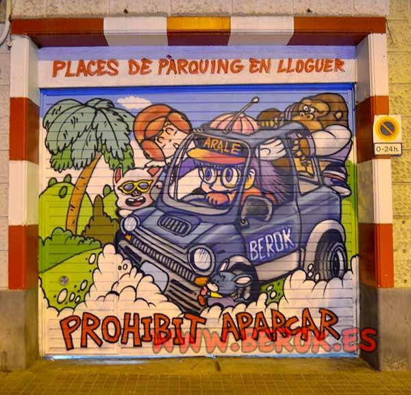 Decoración graffiti persiana de Dr Slump con Arale, Ulong, Donkey Kong y Gatchan