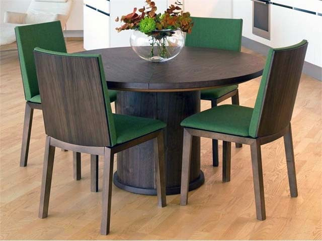 Modern expandable round dining table ayanahouse for Expanding circular table plans