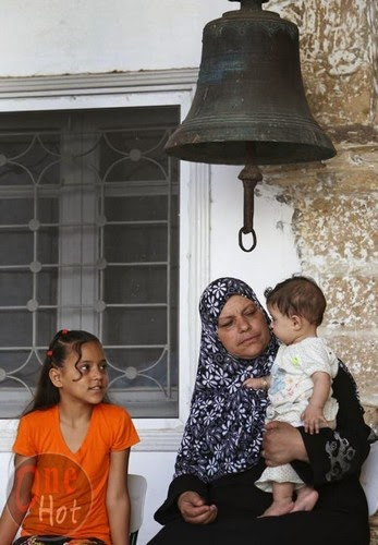 Warga Muslim Gaza mengungsi di Gereja Ortodoks Yunani 6