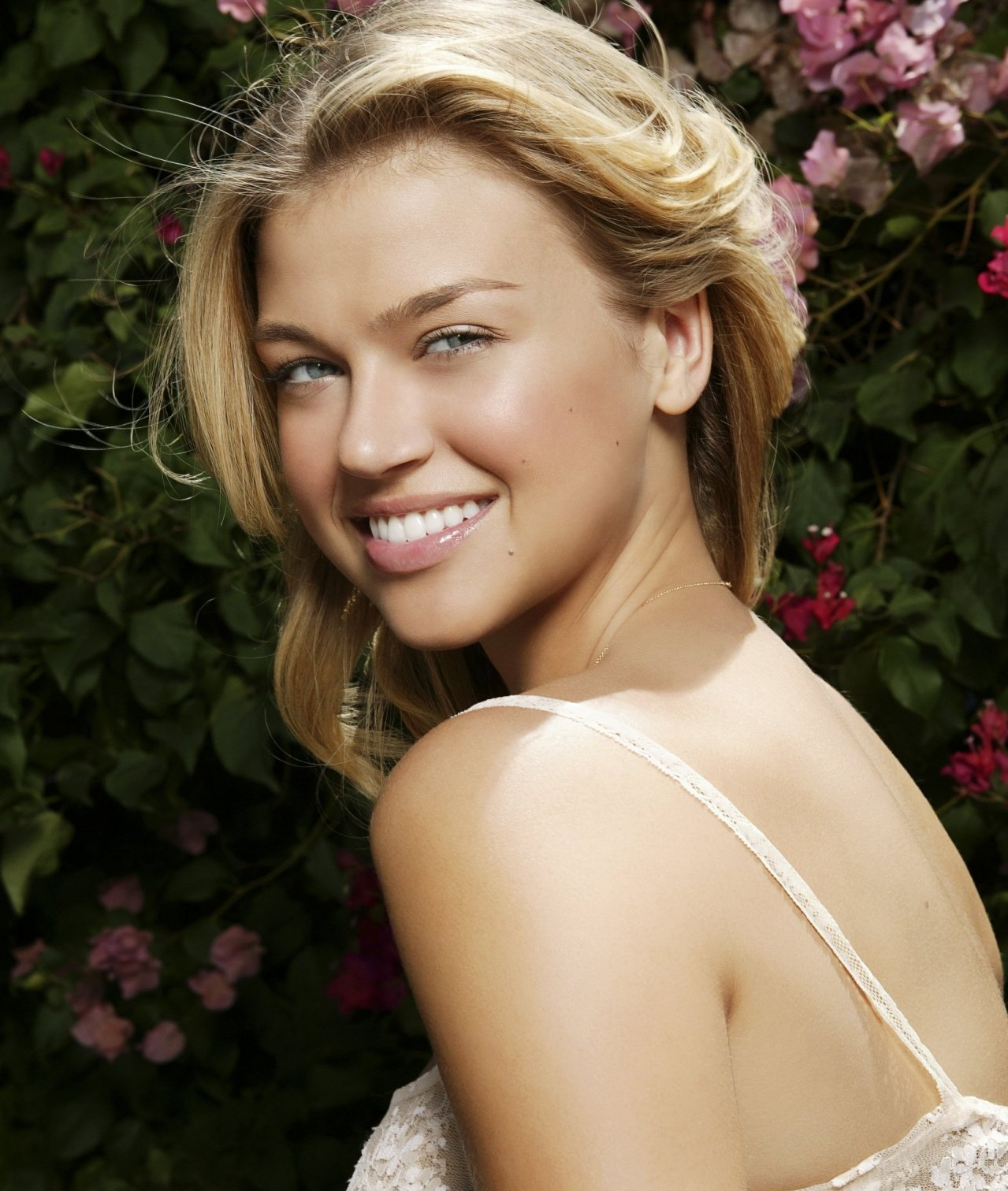 Cleavage Adrianne Palicki naked (72 photo), Sexy, Paparazzi, Selfie, swimsuit 2006