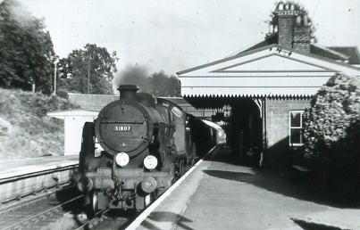 31807 at Botley 1957