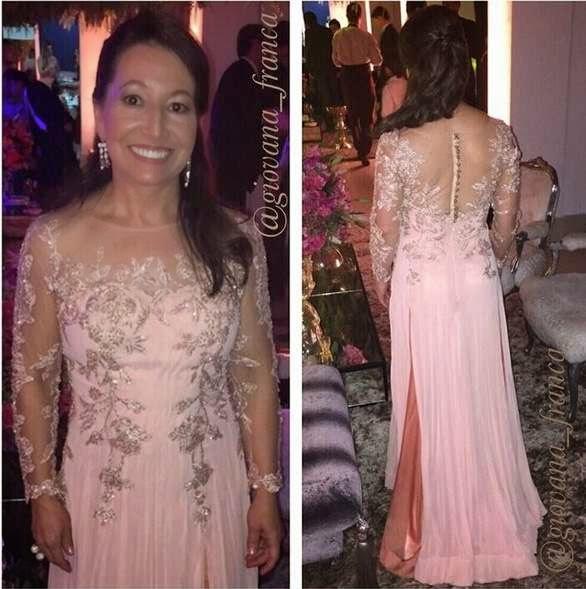 vestido de festa rosa claro manga longa