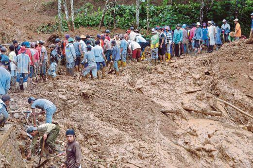 Gambar Kejadian Tanah Runtuh Di Jawa Tengah