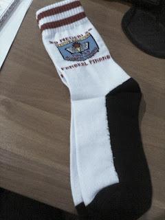 salah satu kaos kaki logo sekolah sd pangkal pinang