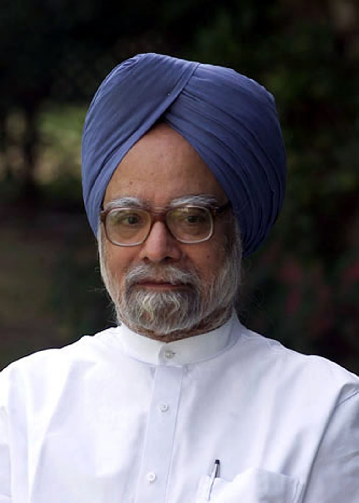 manmohan singh A court in india summons former prime minister manmohan singh over a corruption scandal involving coal mining licenses.