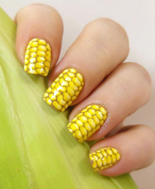 nail art corn