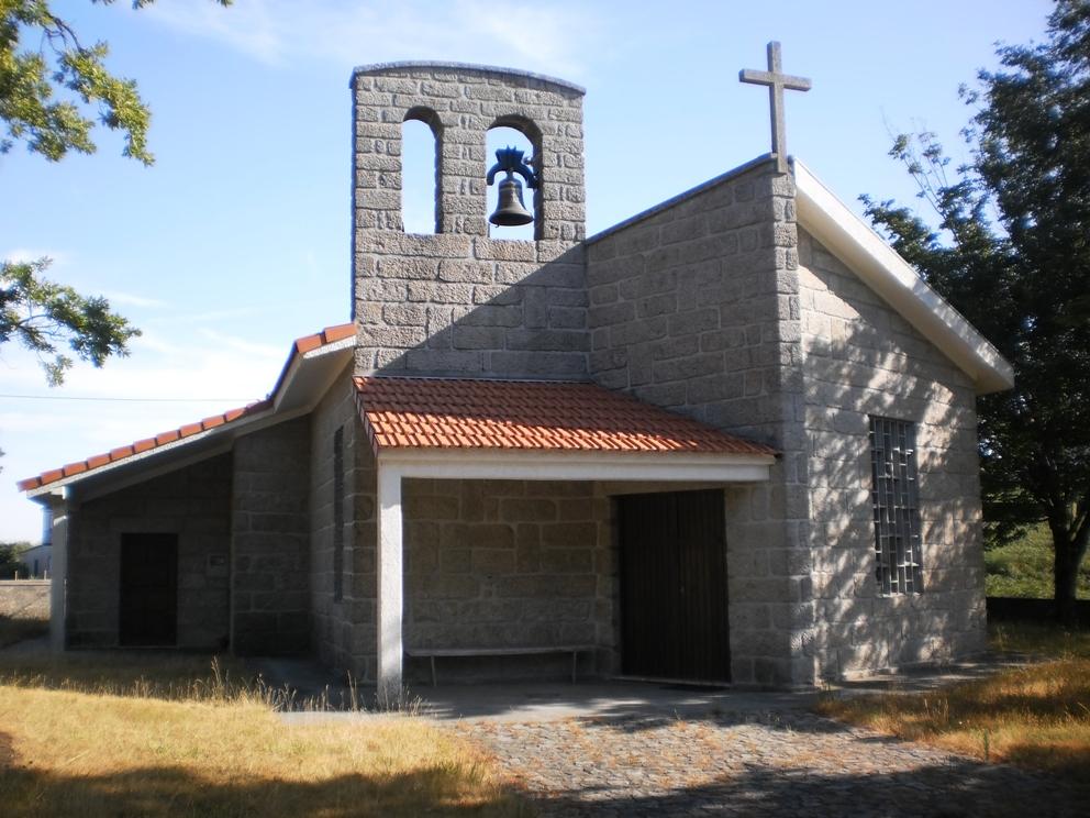 Capela de São Tiago e Senhora Livração na Felgueira